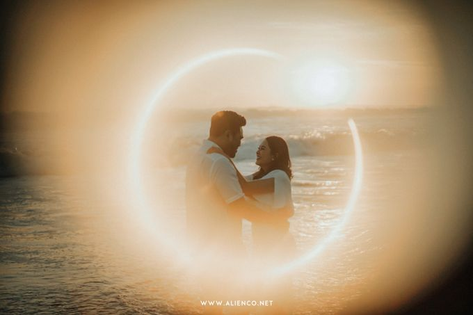 The Prewedding Of Andrew & Dinar by alienco photography - 035