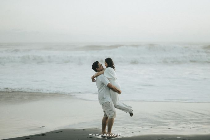 The Prewedding Of Andrew & Dinar by alienco photography - 039