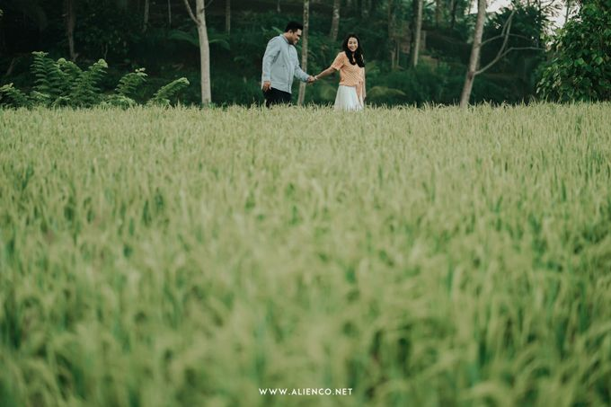 The Prewedding Of Andrew & Dinar by alienco photography - 047