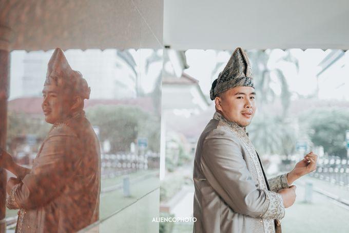 PURI ARDHYA GARINI WEDDING OF NIA & AFFAN by alienco photography - 015
