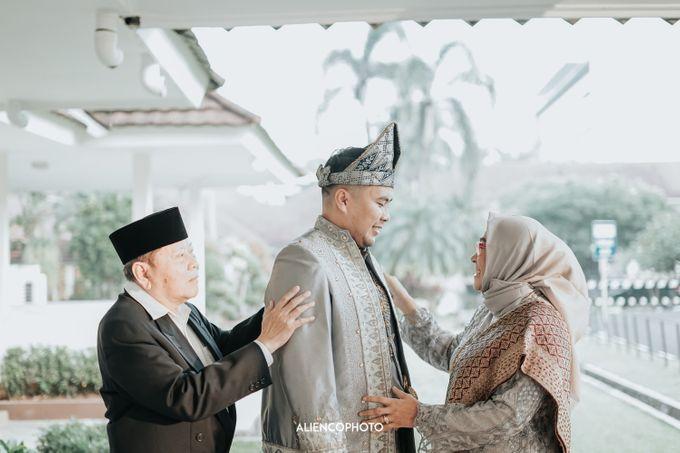PURI ARDHYA GARINI WEDDING OF NIA & AFFAN by alienco photography - 017