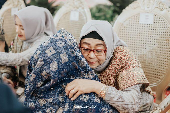PURI ARDHYA GARINI WEDDING OF NIA & AFFAN by alienco photography - 023