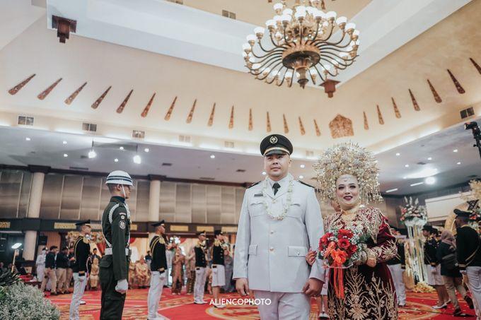 PURI ARDHYA GARINI WEDDING OF NIA & AFFAN by alienco photography - 027