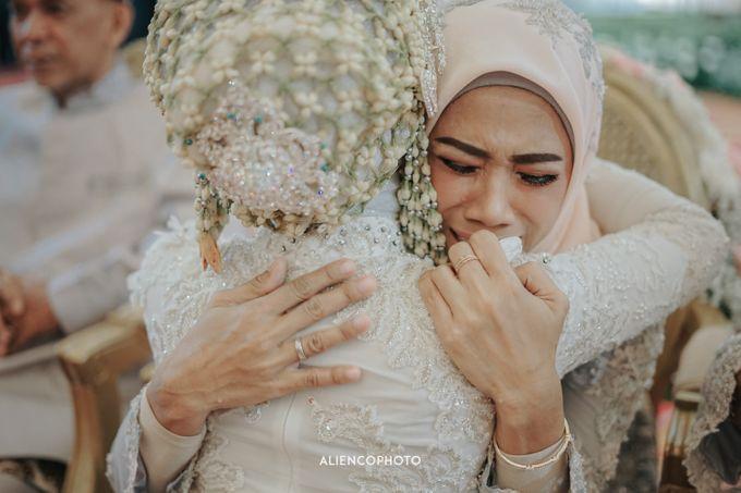 PURI ARDHYA GARINI WEDDING OF ALDY & PUTRI by alienco photography - 005