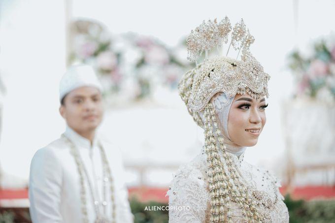 PURI ARDHYA GARINI WEDDING OF ALDY & PUTRI by alienco photography - 010
