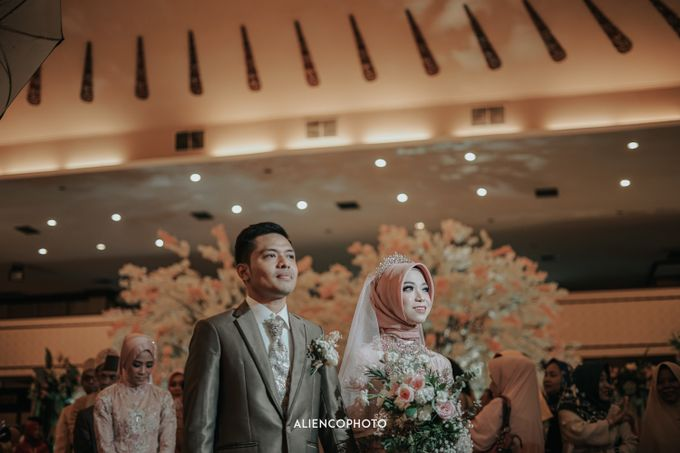 PURI ARDHYA GARINI WEDDING OF ALDY & PUTRI by alienco photography - 021