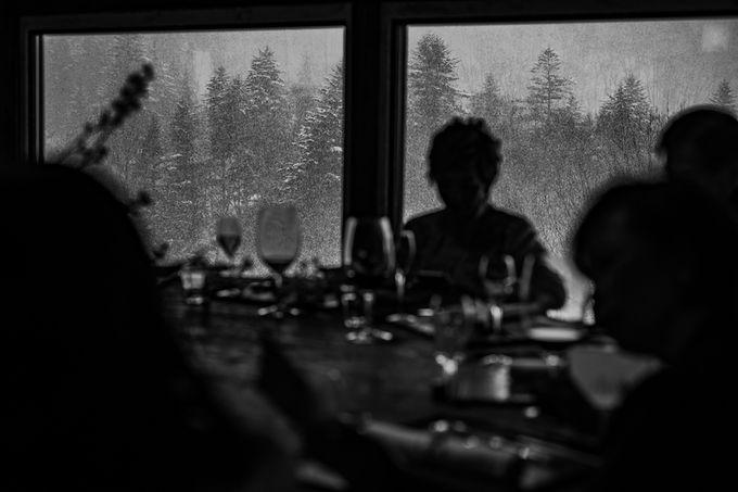 Niseko Wedding in winter by LANDRESS WEDDING - 011