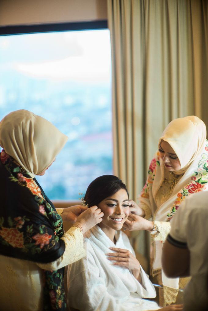 The Traditional Engagement of Niki & Whulan by Namasa Portraire - 016