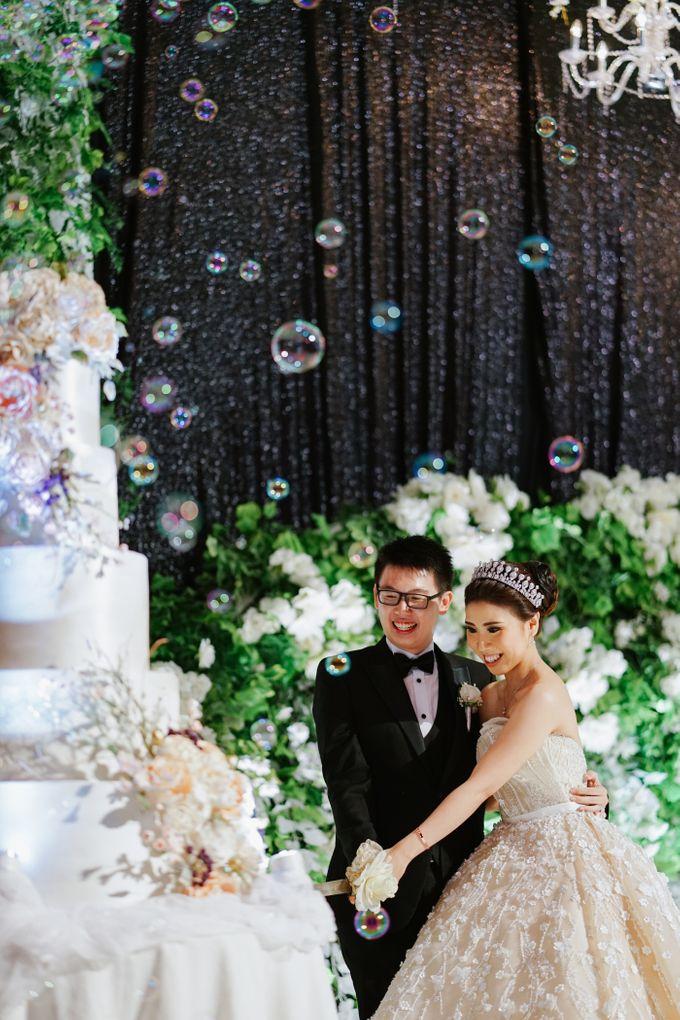 THE WEDDING OF DANIEL & NOVI by Alluvio - 021