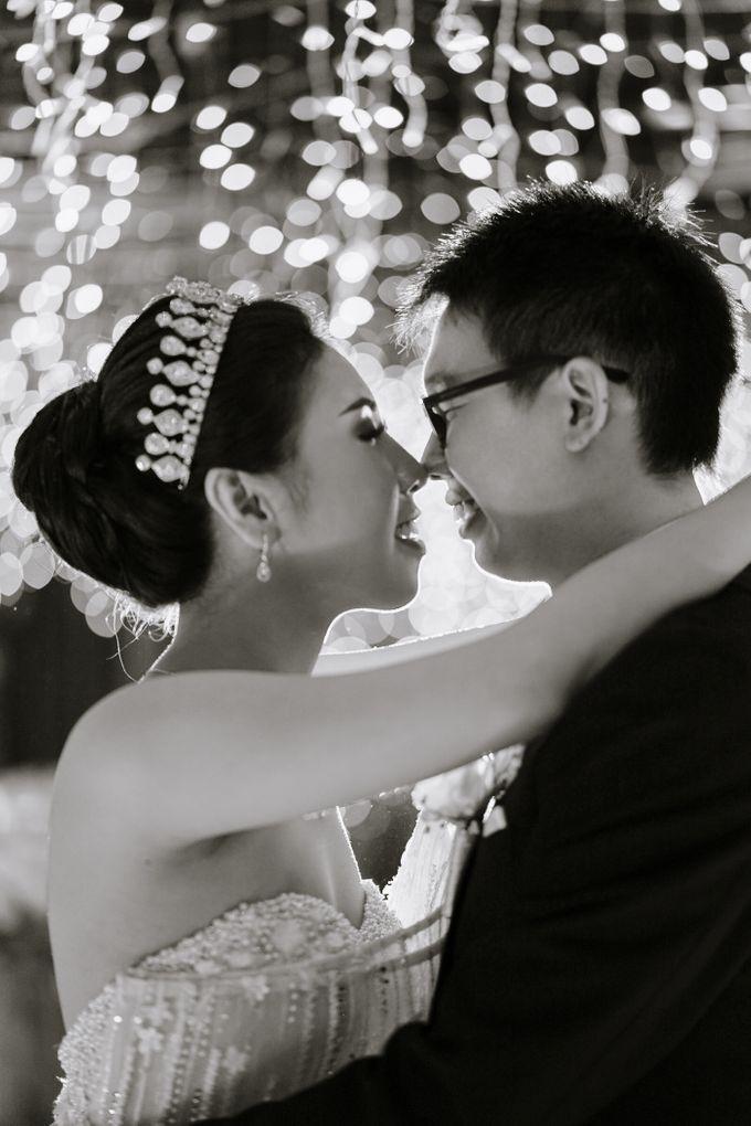 THE WEDDING OF DANIEL & NOVI by Alluvio - 022