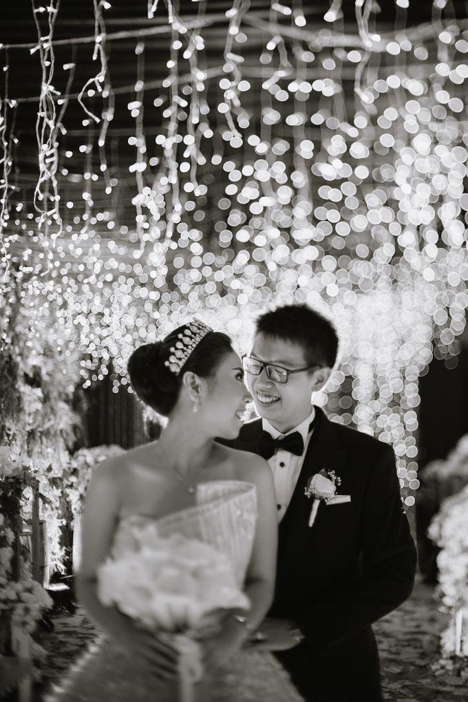 THE WEDDING OF DANIEL & NOVI by Alluvio - 023