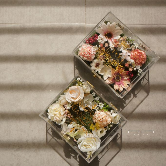 Wedding Ring Box with Flower by NINbox.box - 003