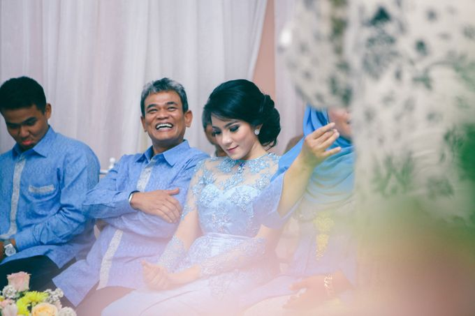 Paper Blue Engagement for Ageng & Nissya by Warna Project - 006