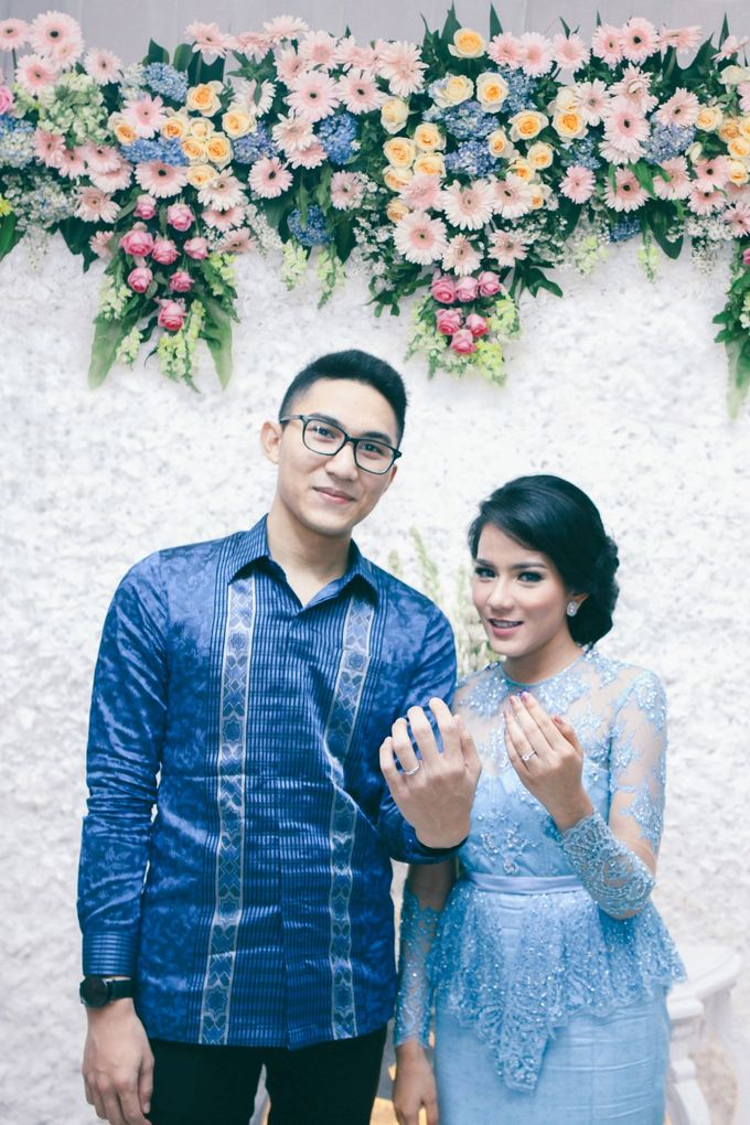 Paper Blue Engagement for Ageng & Nissya by Warna Project - 008