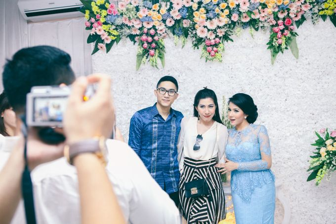 Paper Blue Engagement for Ageng & Nissya by Warna Project - 009