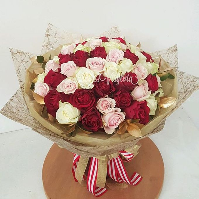 Gift Bouquet  by visylviaflorist - 028