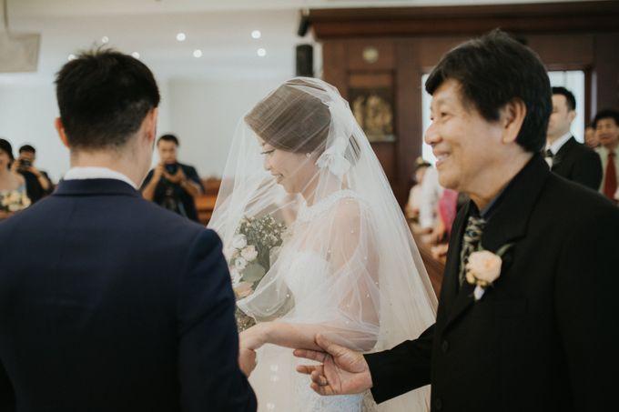 The Wedding of Kevin & Nanda by Varawedding - 023