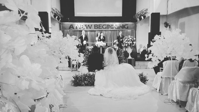 The Wedding Alfian And Tika by C+ Productions - 008