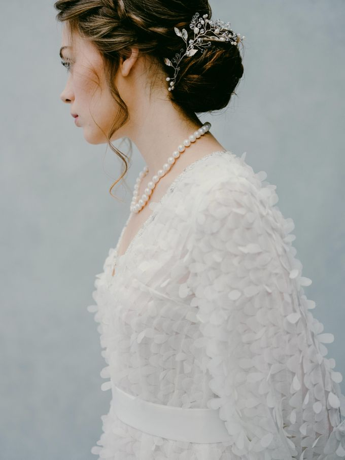 Modern Ethereal Beauty by NOMA Jewelry & Accessories - 003