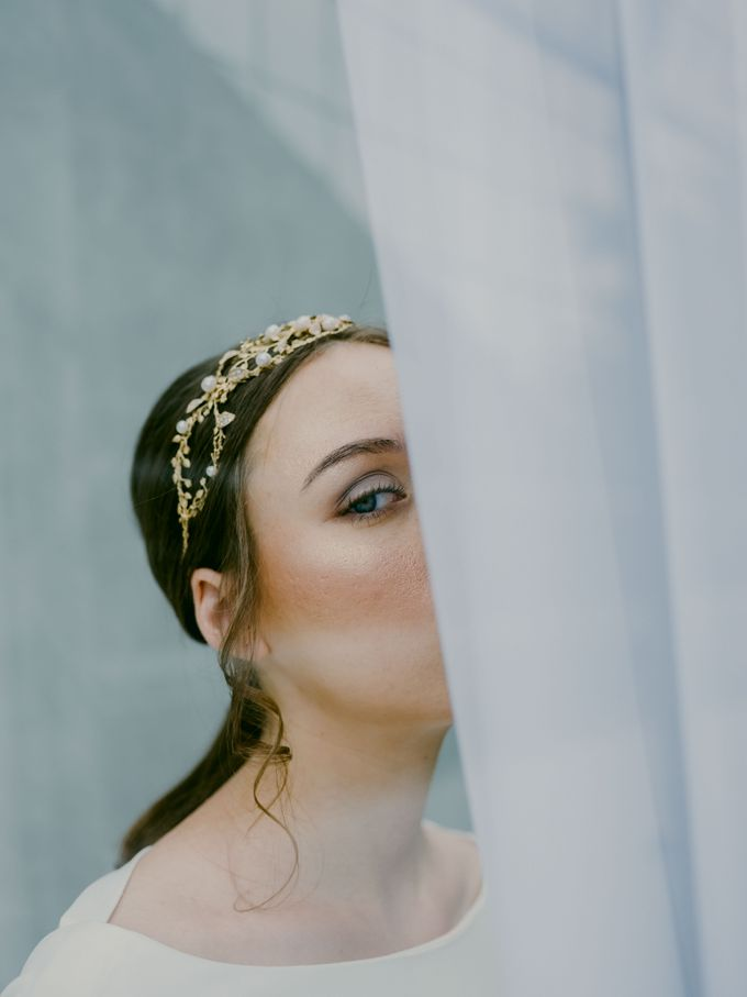 Modern Ethereal Beauty by NOMA Jewelry & Accessories - 020