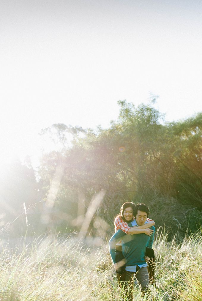 Sweethearts by Born in November Photographs - 002