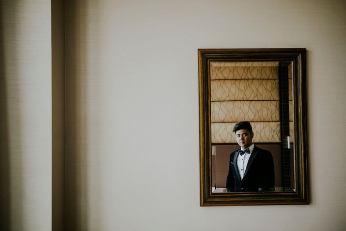 A fun wedding with a young couple based in singapore. by Thinking Chair Studios - 035