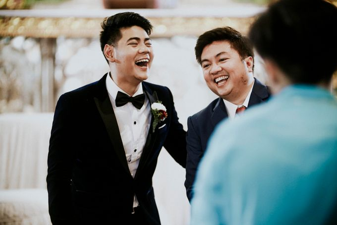 A fun wedding with a young couple based in singapore. by Thinking Chair Studios - 025