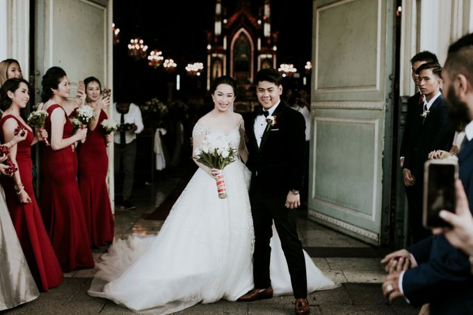 A fun wedding with a young couple based in singapore. by Thinking Chair Studios - 012