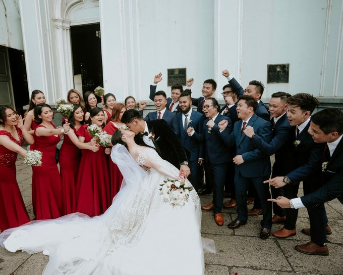 A fun wedding with a young couple based in singapore. by Thinking Chair Studios - 007