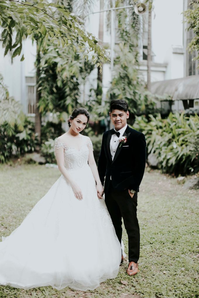 A fun wedding with a young couple based in singapore. by Thinking Chair Studios - 008
