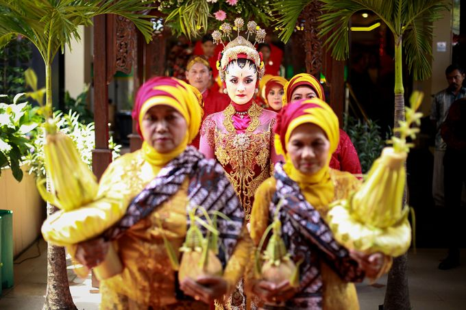 The Weddng Of Dewi & Riskyan by R A Picture - 004