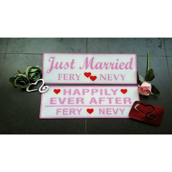 Wedding Car Plate by Sweetlovecollection - 030