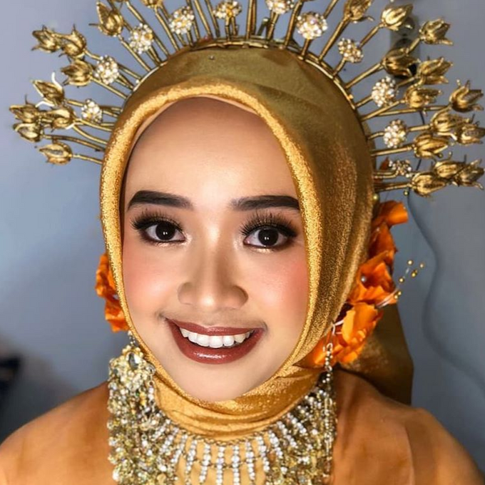 Traditional Ceremony by Make Up by Mutiara Fallahdani - 003