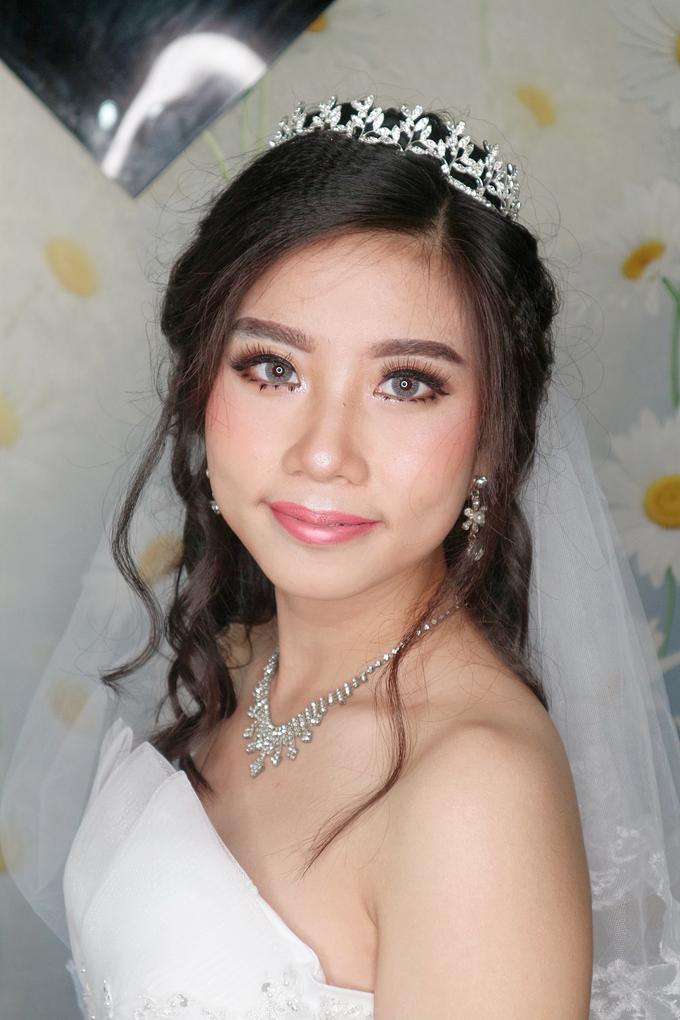 Bride Makeup by Novie Make Up Artist - 005