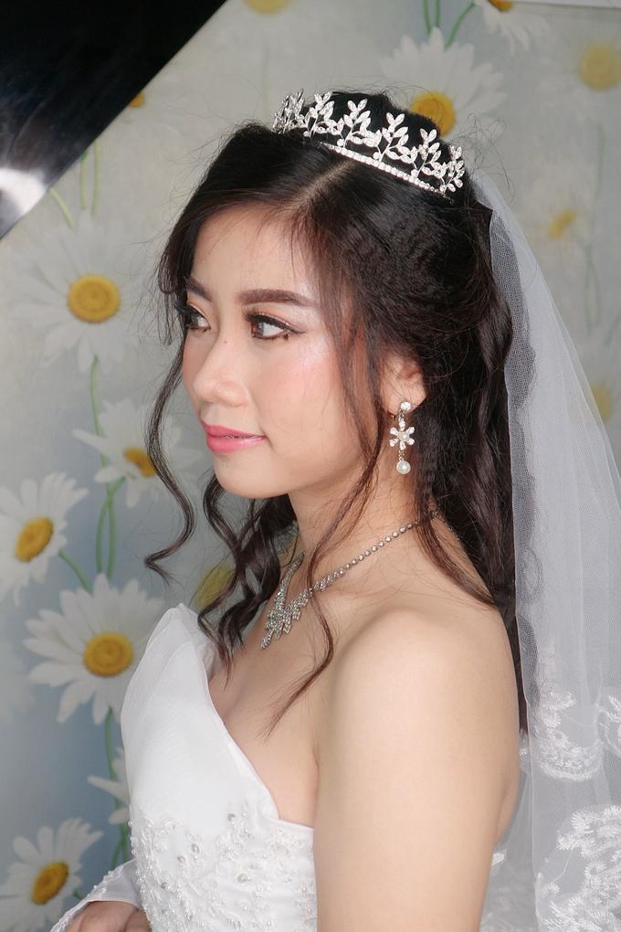 Bride Makeup by Novie Make Up Artist - 002