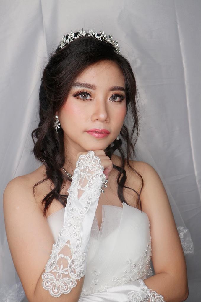 Bride Makeup by Novie Make Up Artist - 003