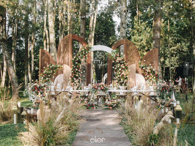 The Wedding of Nysha and Fariz by Elior Design - 014