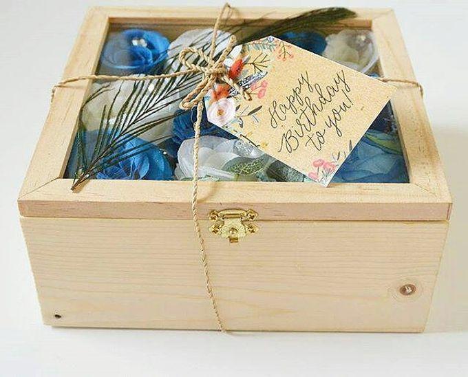 Woodbox by Maxwell Flowers - 001
