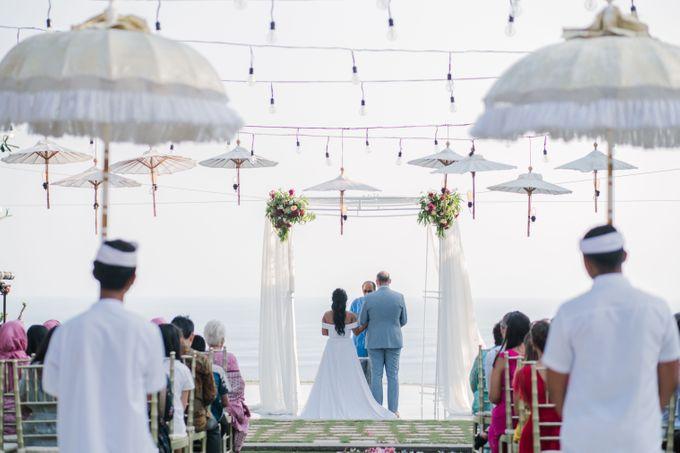 Whimsical Tropical Wedding at Stone House by Tirtha by Tirtha Bali - 017