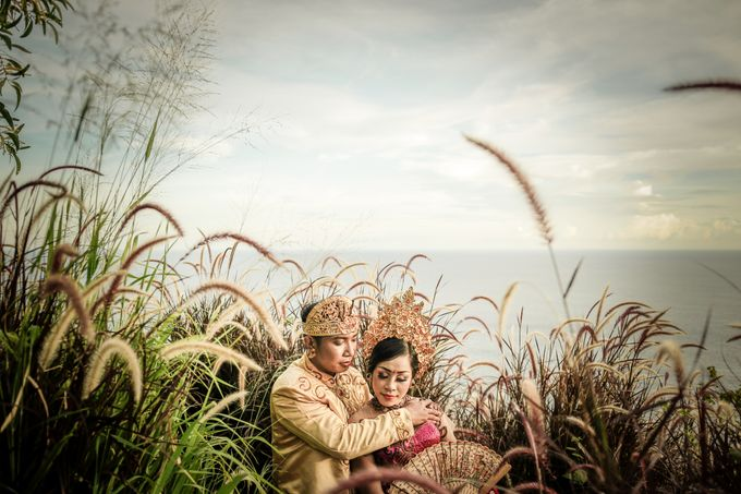 Balinese Prewedding of Radjhu + Sri by DM Photo - 004