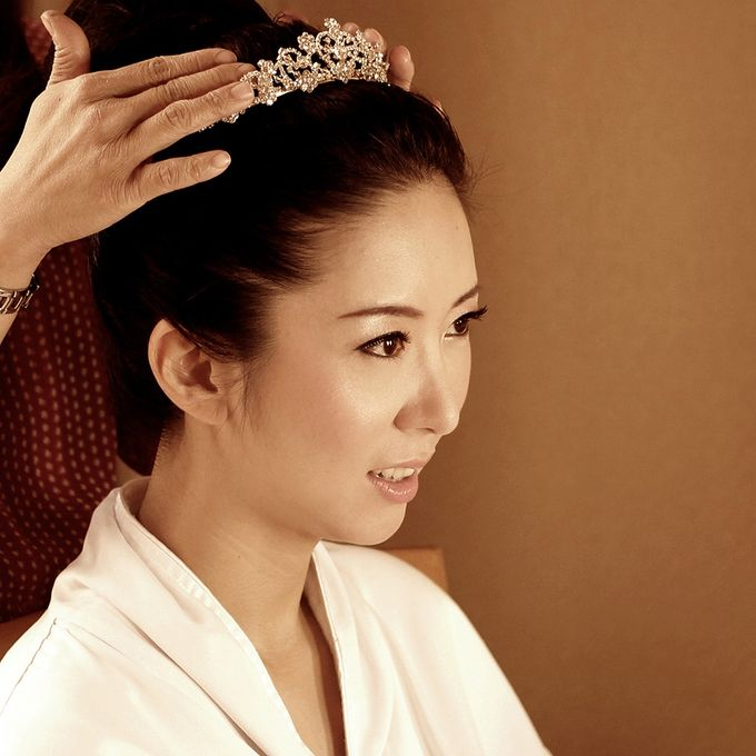 Natural and Korean Make Up Specialist.