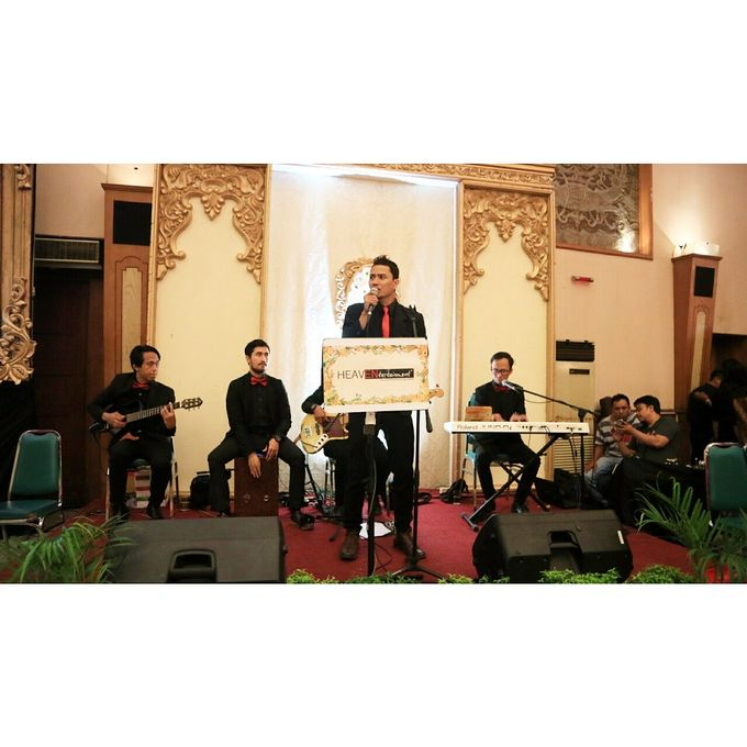 Middle Acoustic at Pertamina Simprug by HEAVEN ENTERTAINMENT - 007