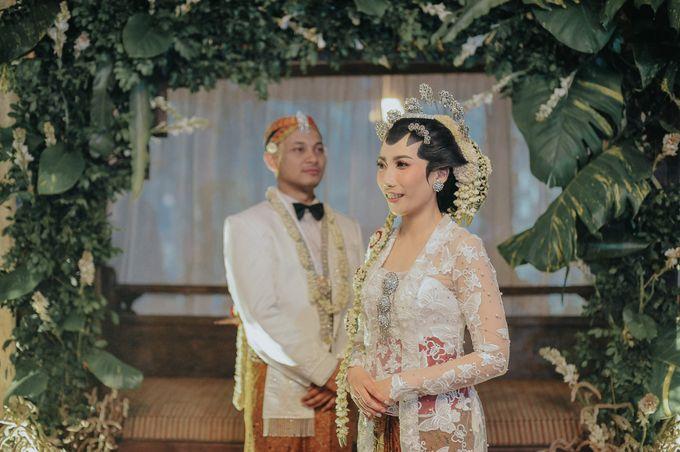 Pernikahan Tradisional Jawa Dengan Sentuhan Modern By Bridestory Com