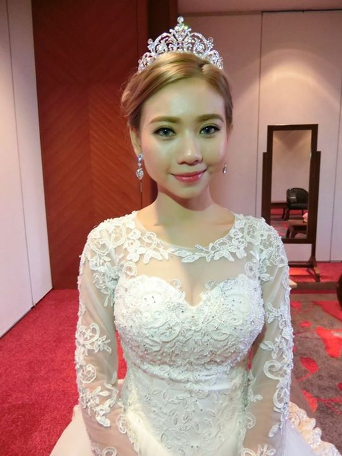 Wedding Day Bride Makeup Service by Elizabeth Lee Makeup Artist - 013