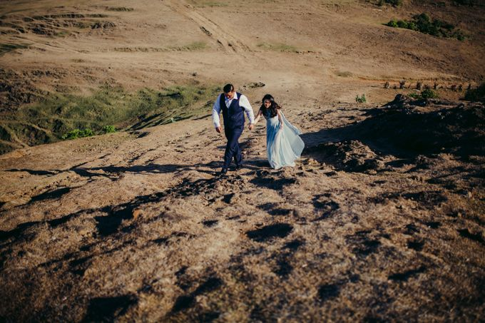 Destination Prewedding Lombok with Diverse Magnificent Landscapes by fire, wood & earth - 009
