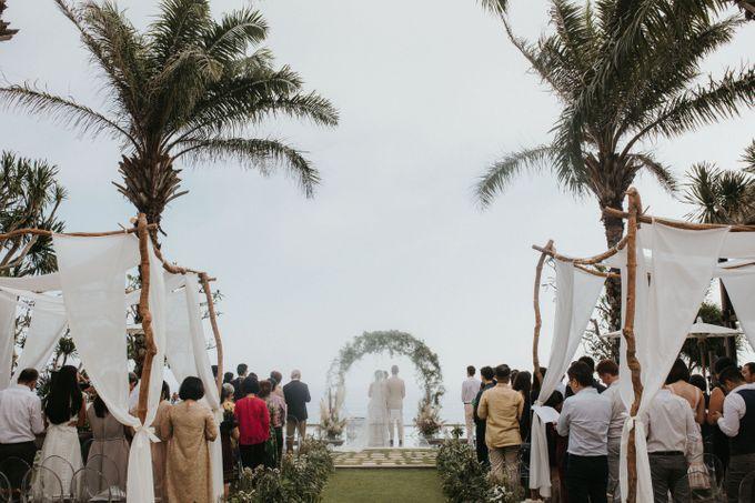 Whimsical Tropical Wedding at Stone House by Tirtha by Tirtha Bali - 019