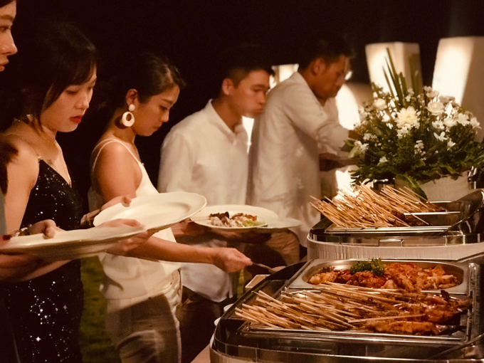 Wendy & Vic - 14/12/19 by Oma Thia's Kitchen Catering - 008