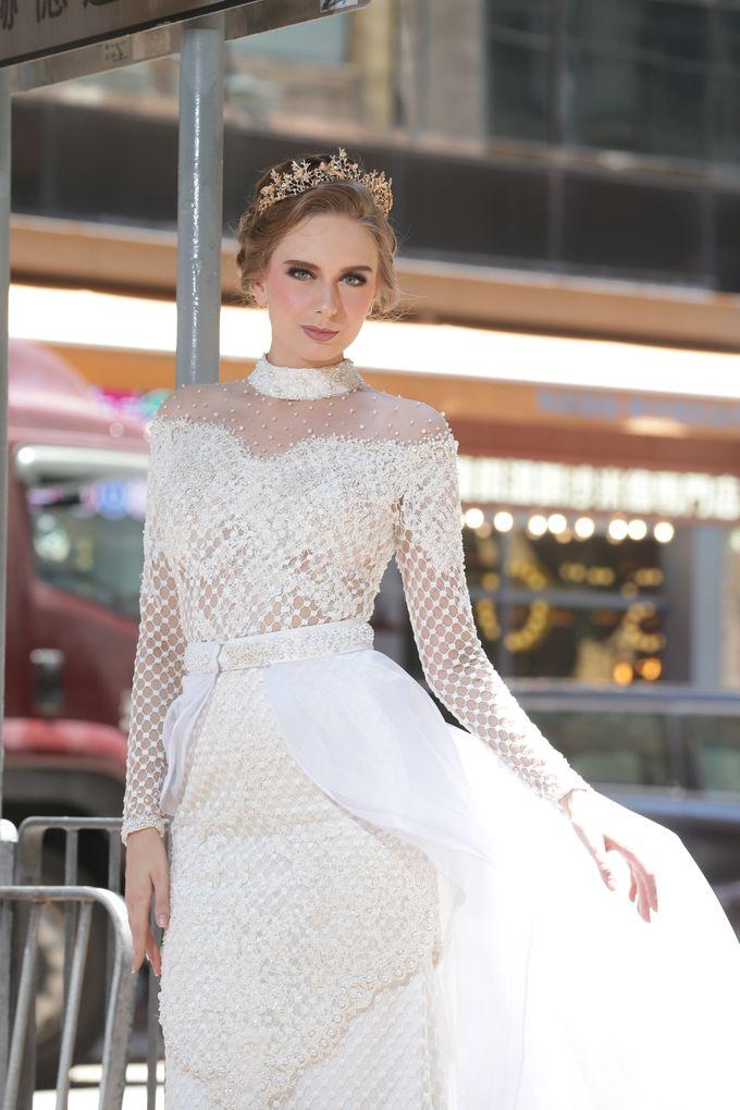 Bridal Gown Vol 03 by Hengki Kawilarang Couture - 001