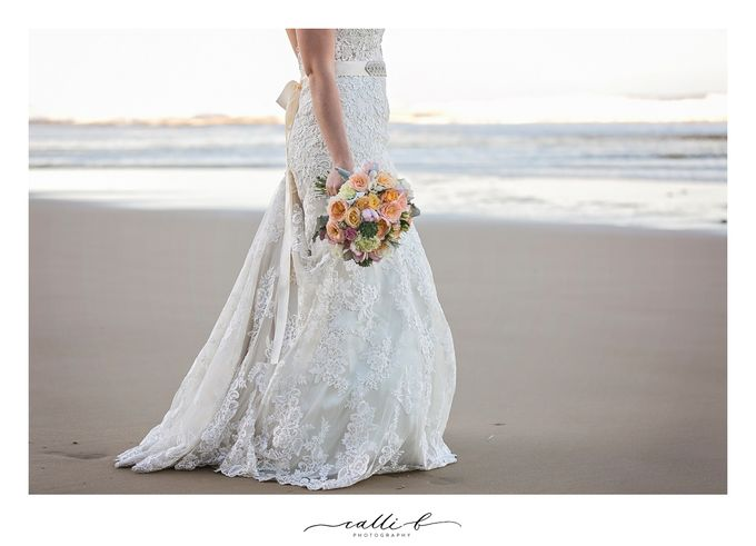 An Ebb wedding with mint and peach by Ginger Lily & Rose Floral Studio - 006