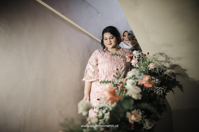 Engagement of Diva & Radit by OollieFlora - 004